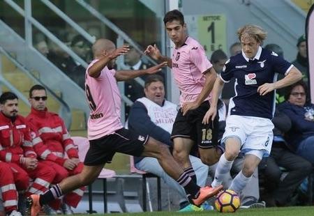 Il Palermo colleziona un'altra sconfitta, ko in casa con la Lazio