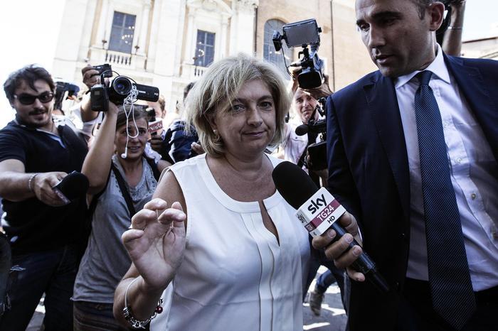 De Dominicis nuovo assessore al Bilancio del Comune di Roma, Muraro non molla