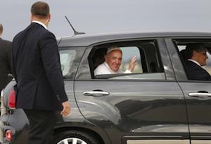 Venduta all'asta la 500 usata da Papa Francesco negli Usa