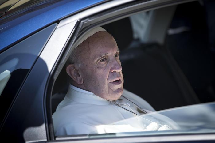 Il Papa ordina 5 cardinali il 28 giugno