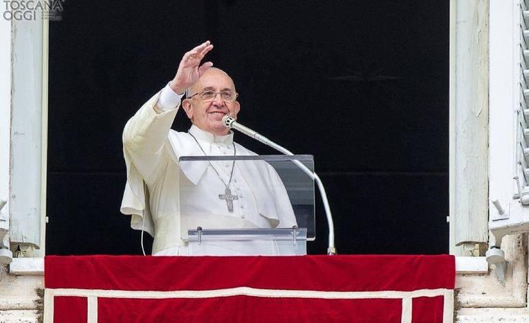 Papa Francesco ringrazia Agrigento per l'accoglienza