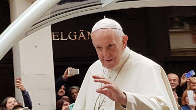 Regione,400 milioni perla visita del Papa: per Figuccia vanno dati ai poveri