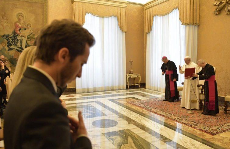 """Papa Francesco: """"Il Medio oriente deve diventare terra di  pace"""""""