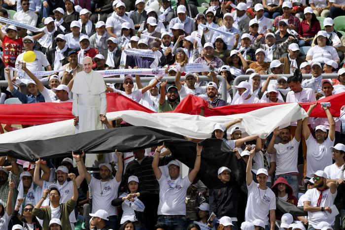 Il Papa in Egitto: meglio non credenti che ipocriti