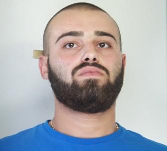 Rapinano armati un supermercato a Catania, tre arresti