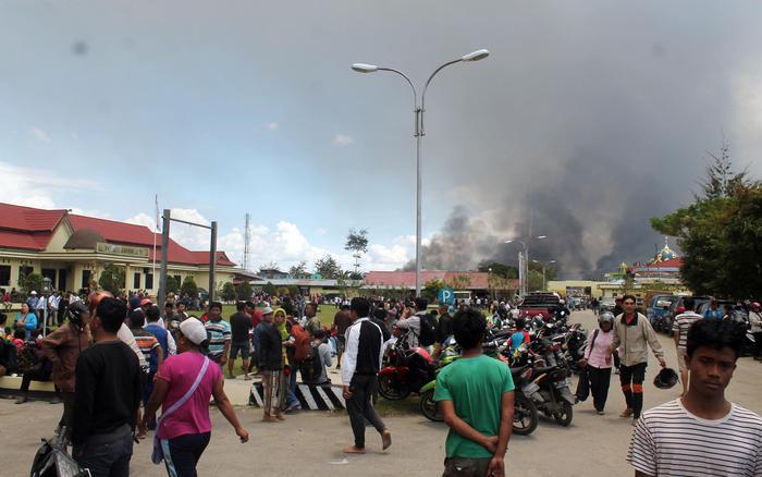 Rivolta antirazzista nella provincia indonesiana di Papua, 26 morti e centinaia di feriti