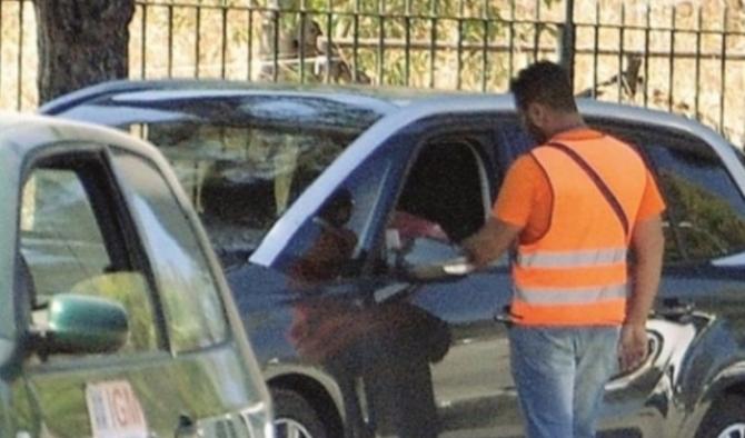 Denunciati a Siracusa due parcheggiatori abusivi