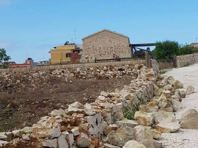 Portopalo, il sindaco Montoneri 'dichiara guerra' ai vandali