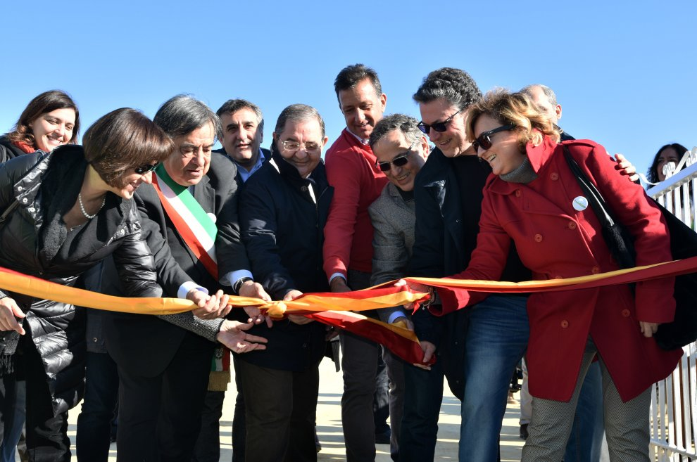 Palermo, il sindaco Orlando inaugura il parco della salute