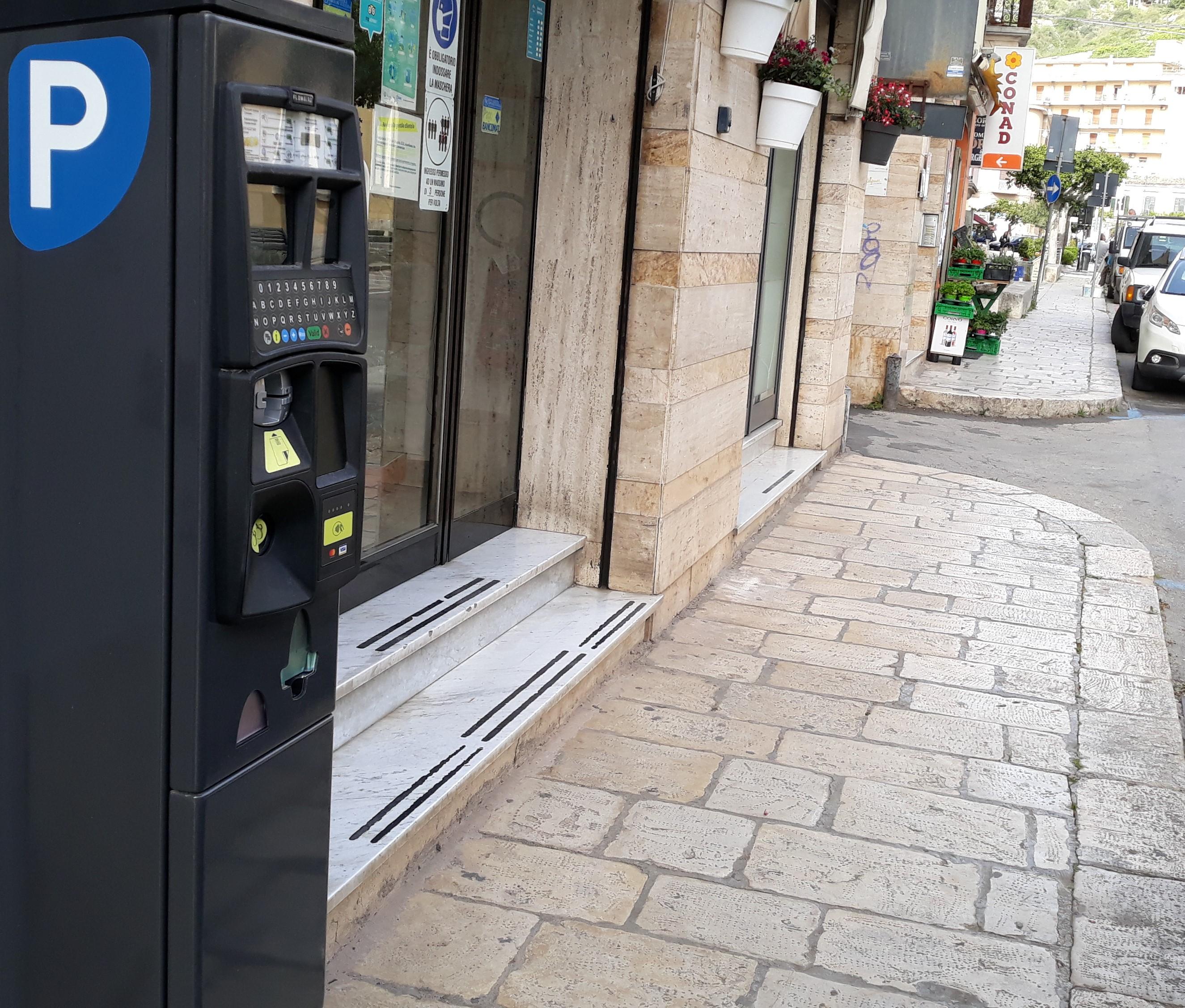 Modica, nuovo servizio parcheggi a pagamento: ritardi per vertenza contrattuale