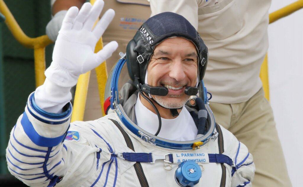Missione Beyond, Luca Parmitano atterrato nella steppa del Kazakhstan