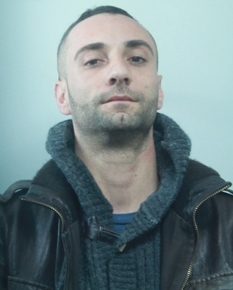 Catania, 250 di marijuana scoperti in un box a Librino: un arresto
