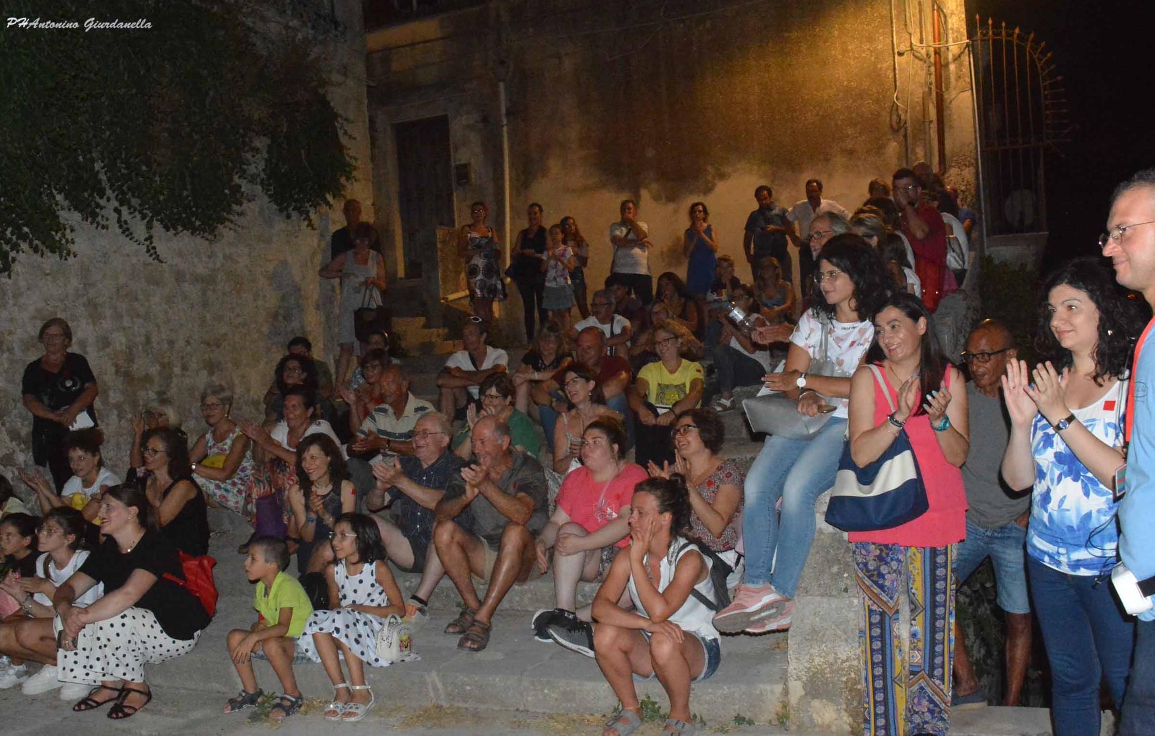 """Modica, un'altra serata di successo per l'edizione 2019 di """"Passi di cultura"""""""