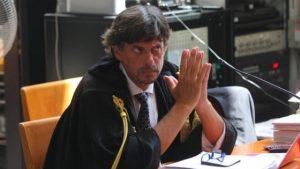 """""""Paghi e ti diplomi"""": la polizia ne sequestra 22 tra Ispica, Rosolini e Licata"""