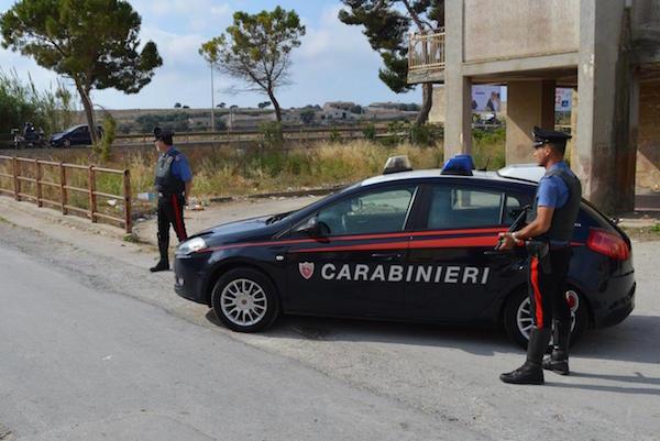 Guida ubriaca, fermata dai carabinieri di Siracusa e denunciata