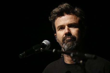 E' morto a 53 anni Pau Donéa il cantante degli Jarabe de Palo: aveva il cancro