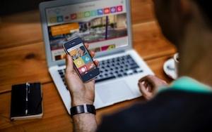 Il turismo trasloca sul web: 4 su 5 prenotazioni sono on line