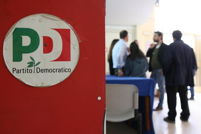 Il Pd di Napoli è senza soldi: a rischio chiusura la sede di via Toledo