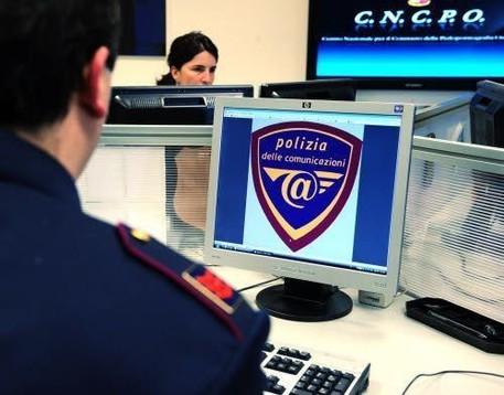 Catania, pedopornografia: 15 denunciati in tutta Italia