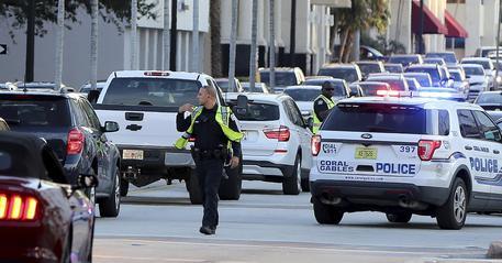 Spari nella base Usa a Pensacola in Florida: tre morti, compreso l'aggressore