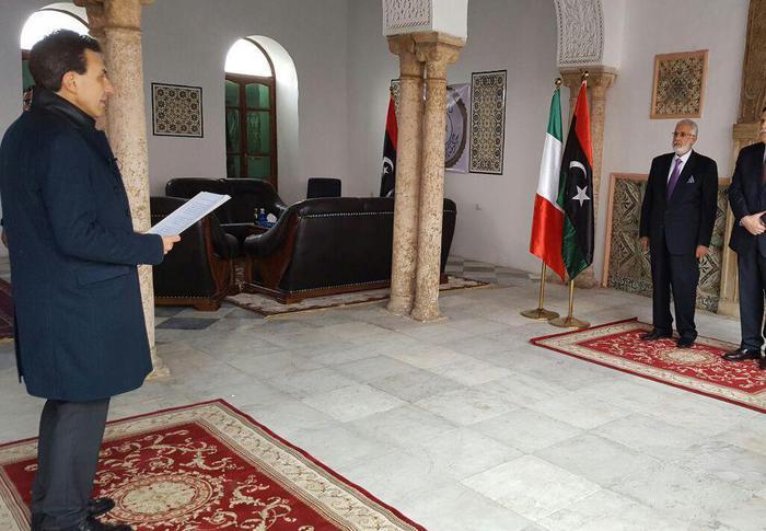 Riaperta l'ambasciata italiana a Tripoli, colloquio Perrone - Serraj