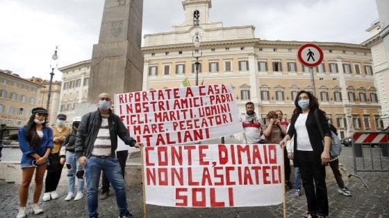 """Domani manifestazione a Palermo per i pescatori di Mazara in Libia: """"Liberateli"""""""