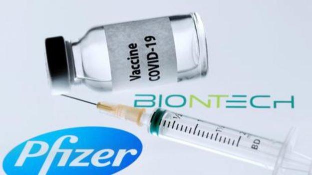 Vaccini, Open day in Sicilia: stop a Pfizer e Moderna