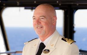 Ufficiale di Pozzallo comandante della nave più grande d'Italia