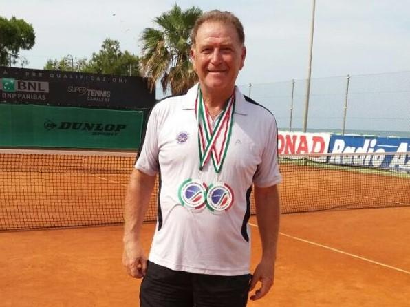 Polizie locali, torneo nazionale di tennis: il modicano Piero Rosa giocherà la finale