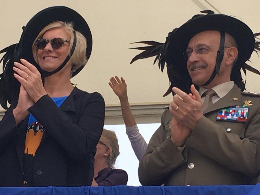 La ministra Pinotti a Palermo a chiusura del raduno dei Bersaglieri