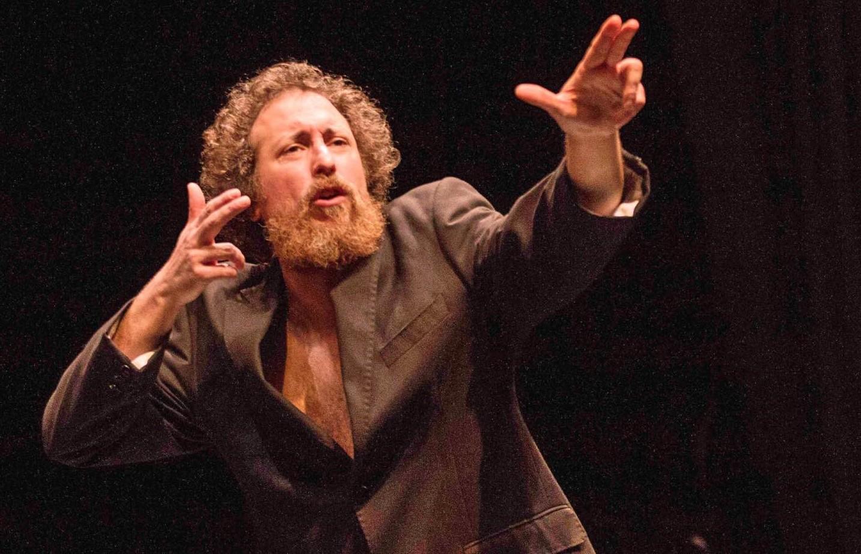 Comiso, Salvo Piparo apre sabato 7 la stagione di prosa del Teatro Naselli