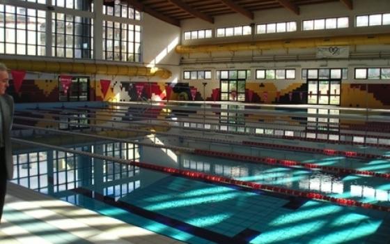 """Evasione, """"tuffi in nero"""" nella piscina comunale di Caltanissetta"""