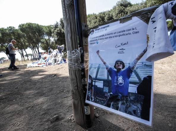 Roma, saltati i funerali dell'ultras della Lazio:la salma di Piscitelli resta all'obitorio