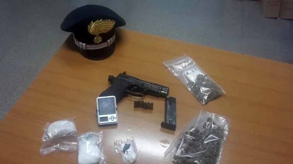 Cocaina e marijuana nel Barese, sgominata una gang: sette arresti