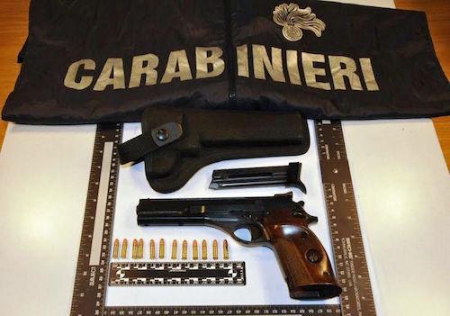 Cirò Marina: spara a familiari, arrestato