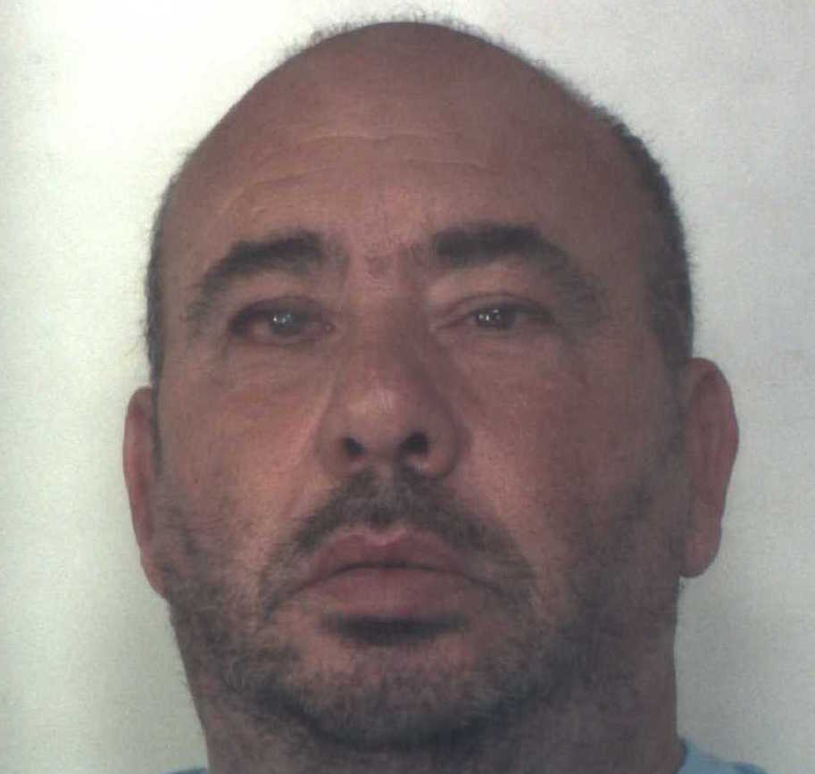 Droga: Siracusa, sequestrati tre chili di hashish, un arresto