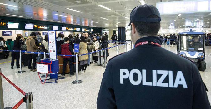 Ruba orologio all'aeroporto, 69enne denunciata a Catania