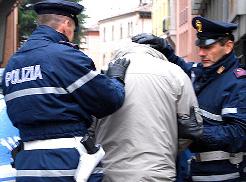 Reati in materia di droga, eseguito ordine di carcerazione ad Avola