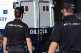 Truffa on line all'Isisc di Siracusa: arrestata una donna in Spagna