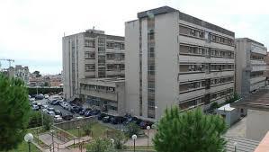 Ventinove biologi in esubero al Policlinico di Messina: è protesta