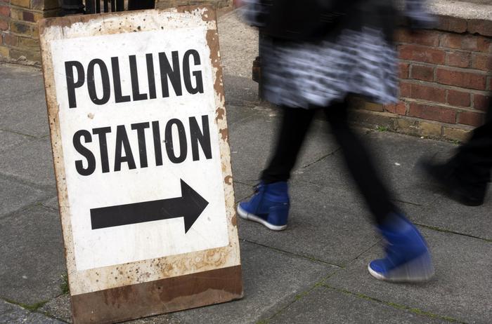 Politiche, seggi aperti nel Regno Unito