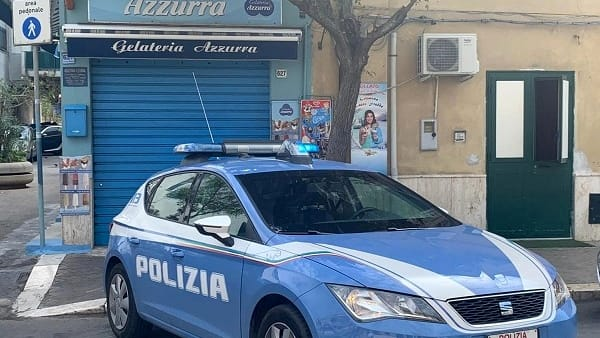 Rapinò una gelateria in via Messina Marine a Palermo: arrestato