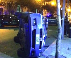 Palermo, scontro fra un'auto della polizia e una dei carabinieri: tre feriti