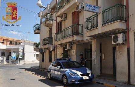 Vittoria, arrestati dalla Polizia gli autori di un furto d'auto a Comiso