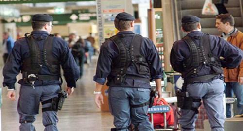 Carta d'identità falsa, albanese arrestato all'aeroporto di Catania