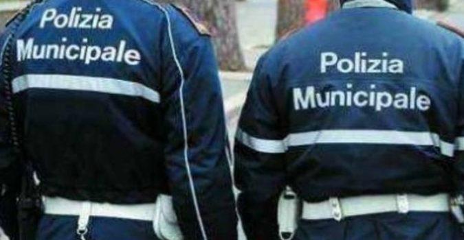 Controlli anti Covid a Vittoria, aggredito un vigile: denunciati due fratelli