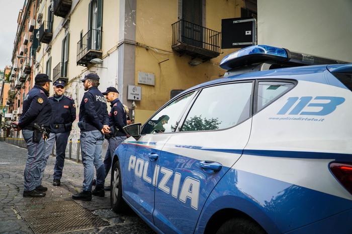 Mafia, la Polizia sequestra a Napoli pizzeria del boss catanese Turi Cappello