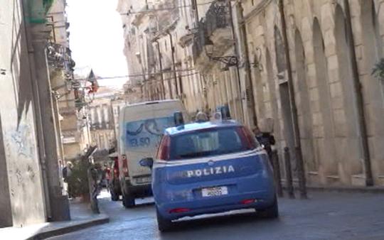Siracusa, ancora abusivismo in Ortigia: scattano le sanzioni
