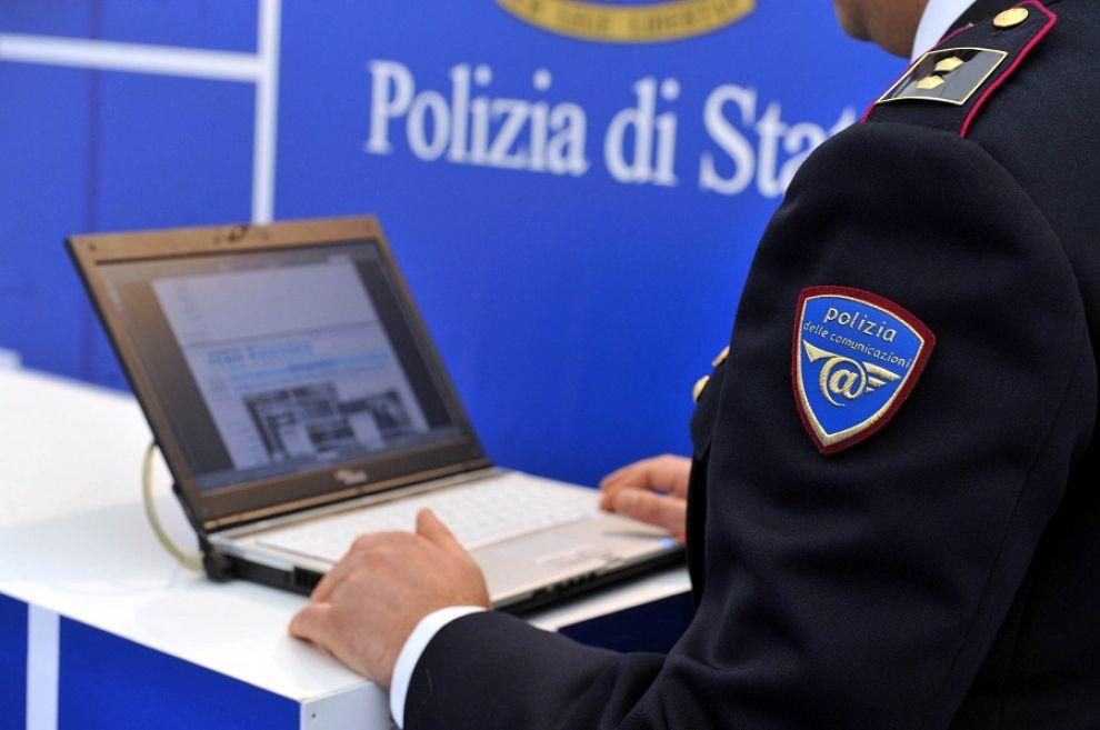 Catania, offrivano servizi hacking: identificati e denunciati dalla Polposte