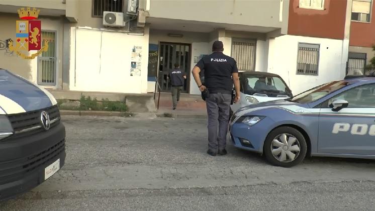 Siracusa, spaccio in via Immordini: 31enne denunciato